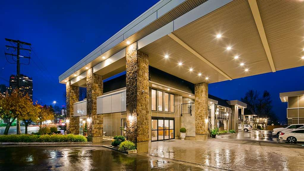 Best Western Plus Burnaby Hotel - Area esterna