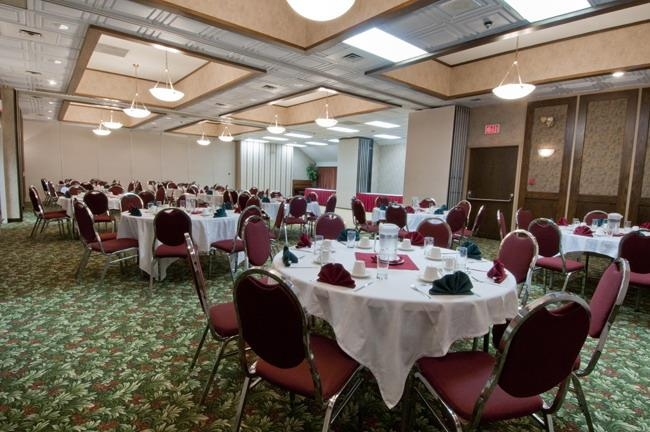 Best Western Plus Burnaby Hotel - Banquet Facilities