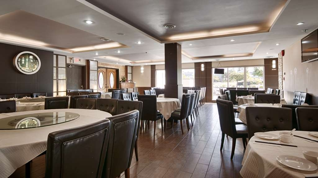 Best Western Plus Burnaby Hotel - Restaurant / Etablissement gastronomique