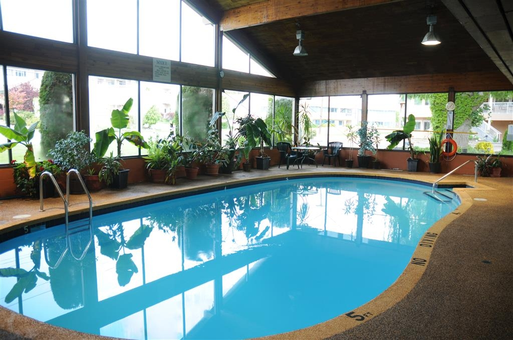 Best Western Inn at Penticton - Piscina coperta