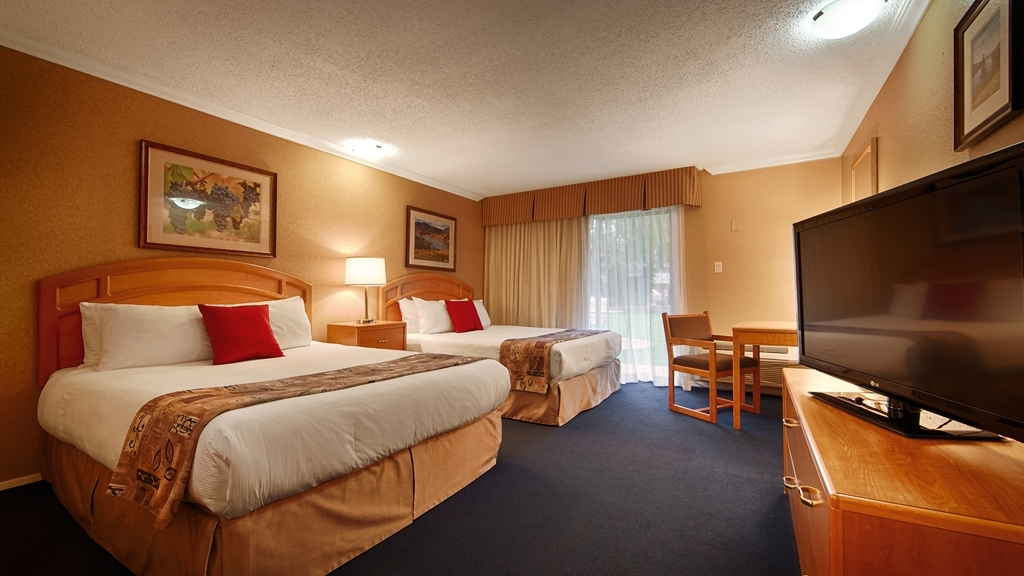 Best Western Inn at Penticton - Designed for corporate and leisure traveler alike, make a reservation in this two queen guest room.