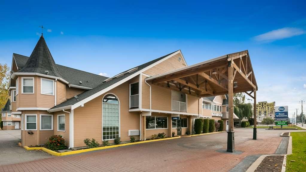 Best Western Inn at Penticton - Facciata dell'albergo