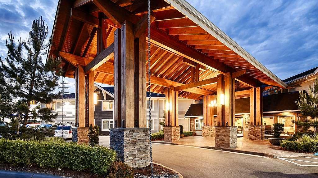 Best Western Plus Country Meadows Inn - Aussenansicht
