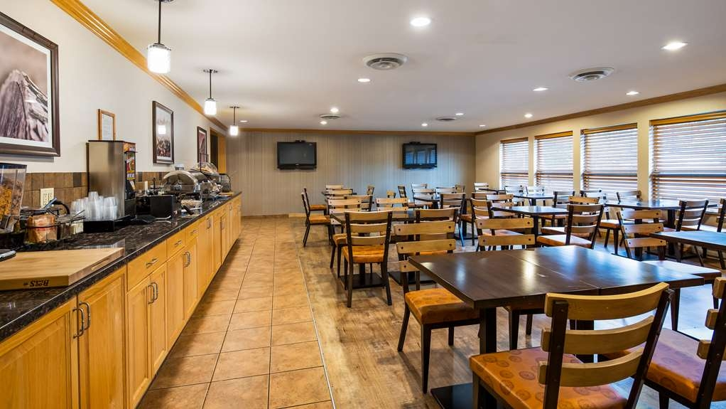 Best Western Plus Country Meadows Inn - Restaurante/Comedor