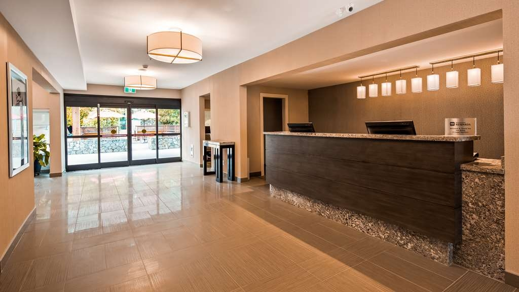 Best Western Cowichan Valley Inn - Vue du lobby