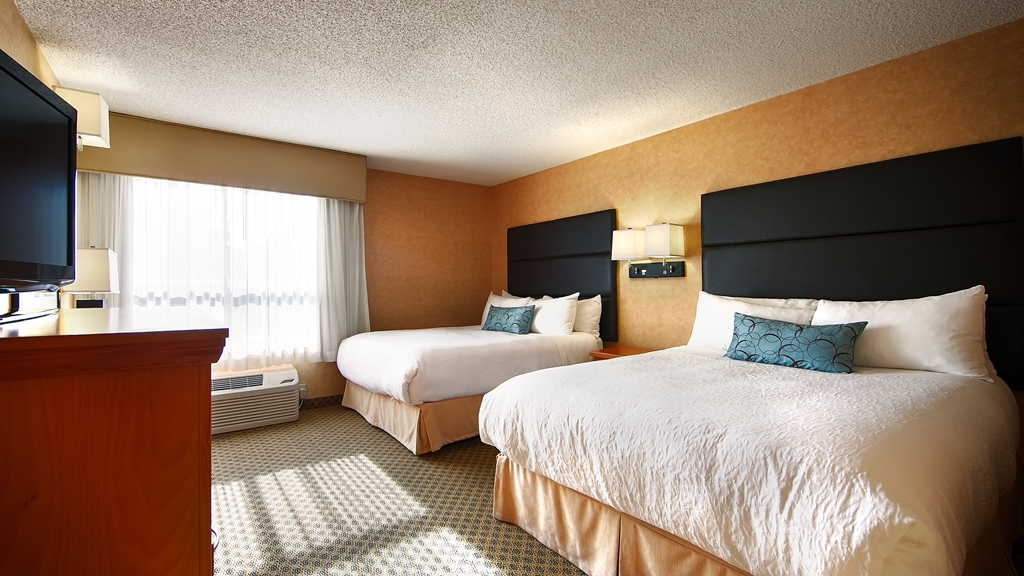 Best Western Plus Regency Inn & Conference Centre - Two Queen Guest Room