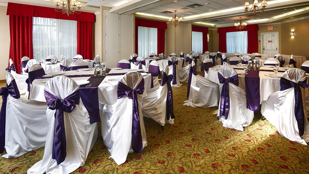 Best Western Plus Regency Inn & Conference Centre - Banquete Room