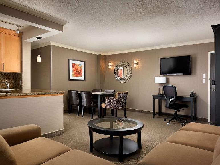 Phenomenal Hotel In Victoria Best Western Plus Inner Harbour Short Links Chair Design For Home Short Linksinfo