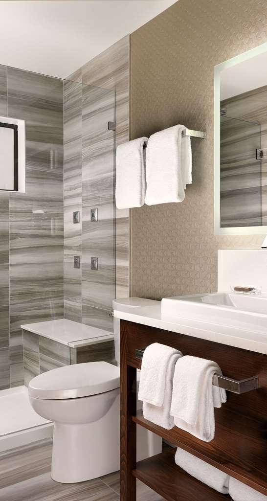 Best Western Plus Inner Harbour - One Bedroom Penthouse Shower with body spray jets!