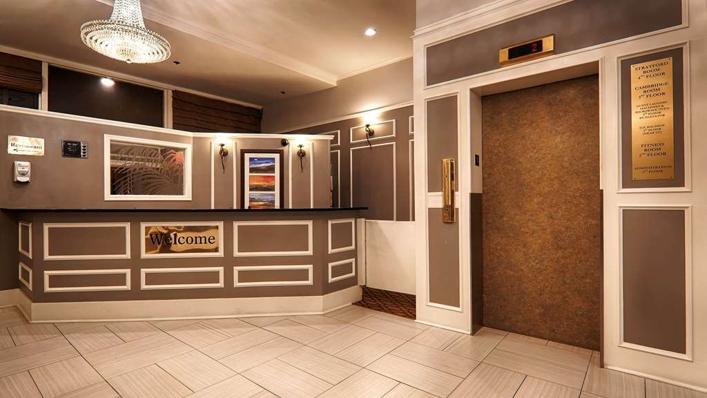 Best Western Dorchester Hotel - Our front desk is happy to provide all the comforts of home for you during your stay.