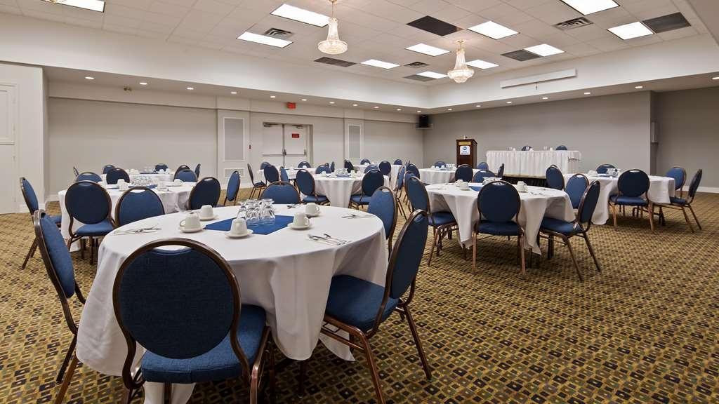 Best Western Dorchester Hotel - The Opera Meeting Room is 2,560 sq. ft. with a maximum capacity of 150 guests.