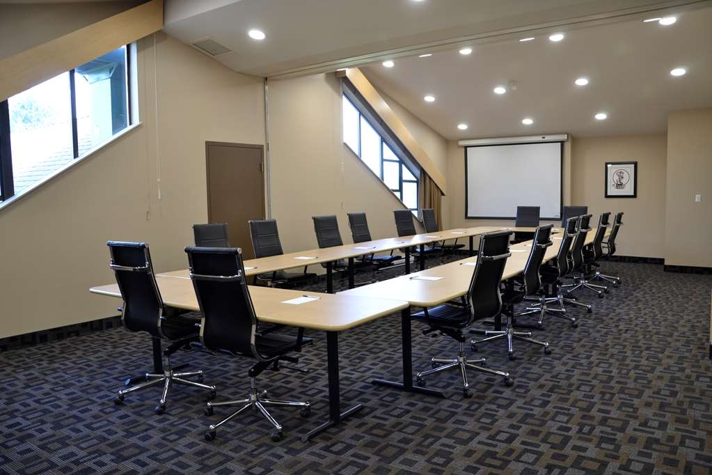 Best Western Tin Wis Resort - Meeting Room