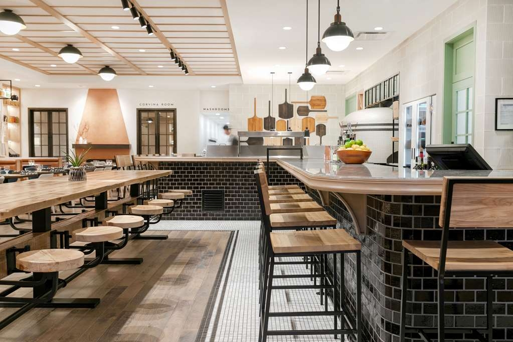 Best Western Plus Baker Street Inn & Convention Centre - Ristorante / Strutture gastronomiche