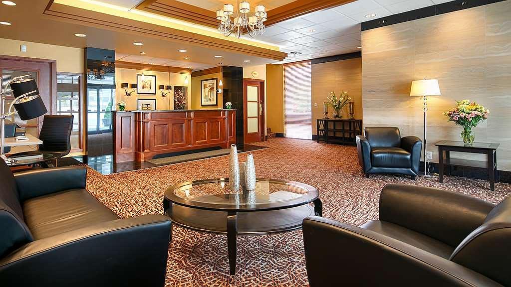 Best Western Plus Columbia River Hotel - Vue du lobby