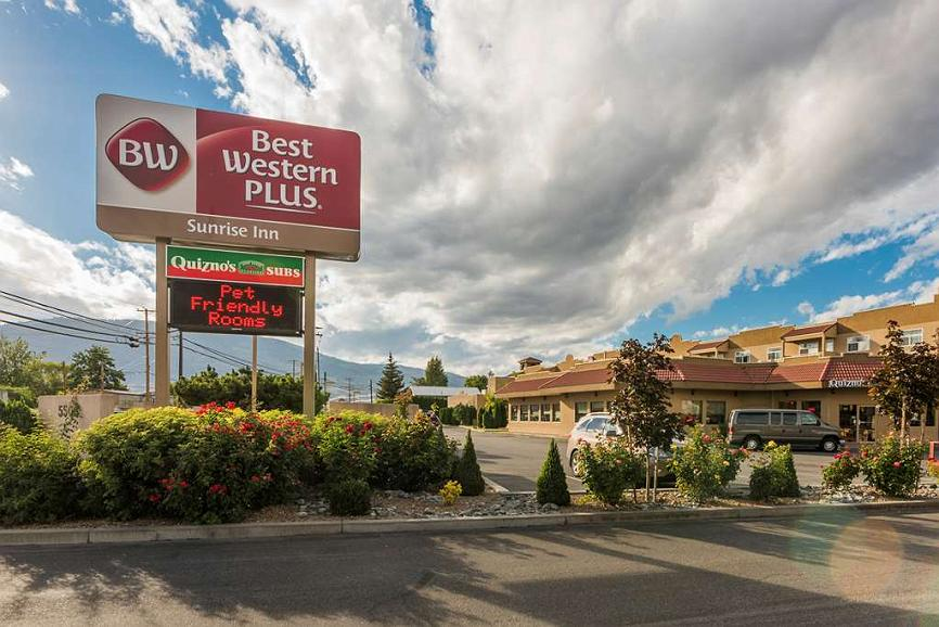 Best Western Plus Sunrise Inn - Make the Best Western Plus Sunrise Inn your next home away from home while exploring Osoyoos.