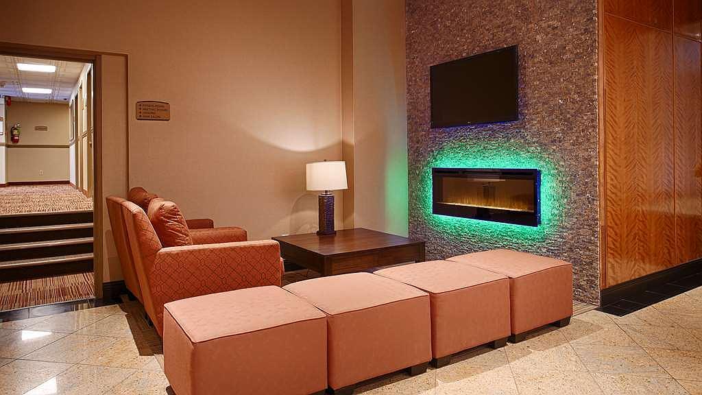 Best Western Terrace Inn - Best Western Terrace Inn Lobby Fireplace