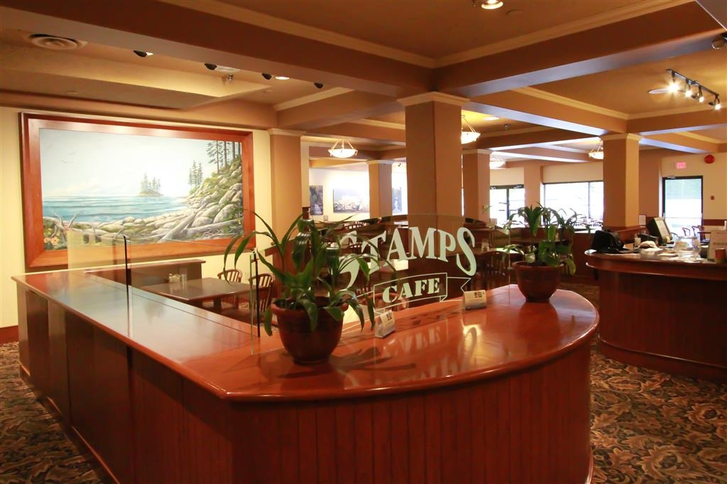 Best Western Plus Barclay Hotel - Stamp's Cafe is decorated with photographs and paintings of local attractions to show our guests the beauty offered in the Alberni Valley.