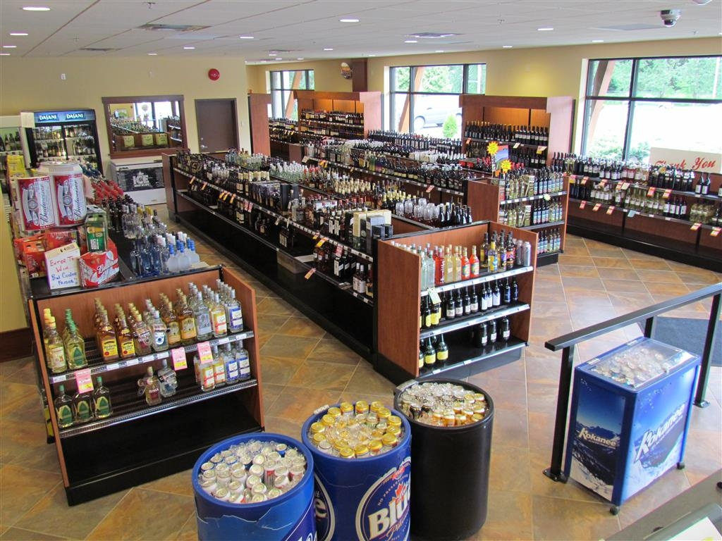 Best Western Plus Barclay Hotel - Our on-site beer, wine and liquor store offers a wide selection of products for your enjoyment.