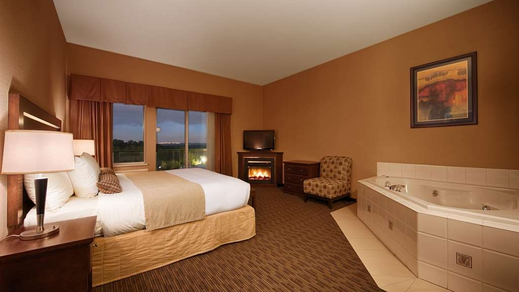 Best Western Plus Mission City Lodge - Suite