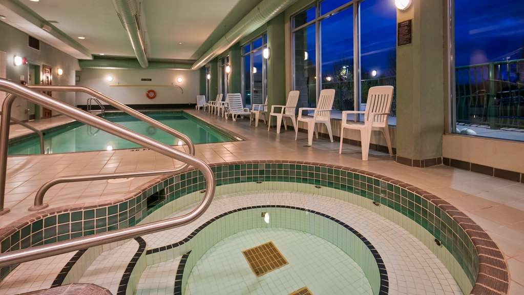 Best Western Plus Mission City Lodge - Vue de la piscine