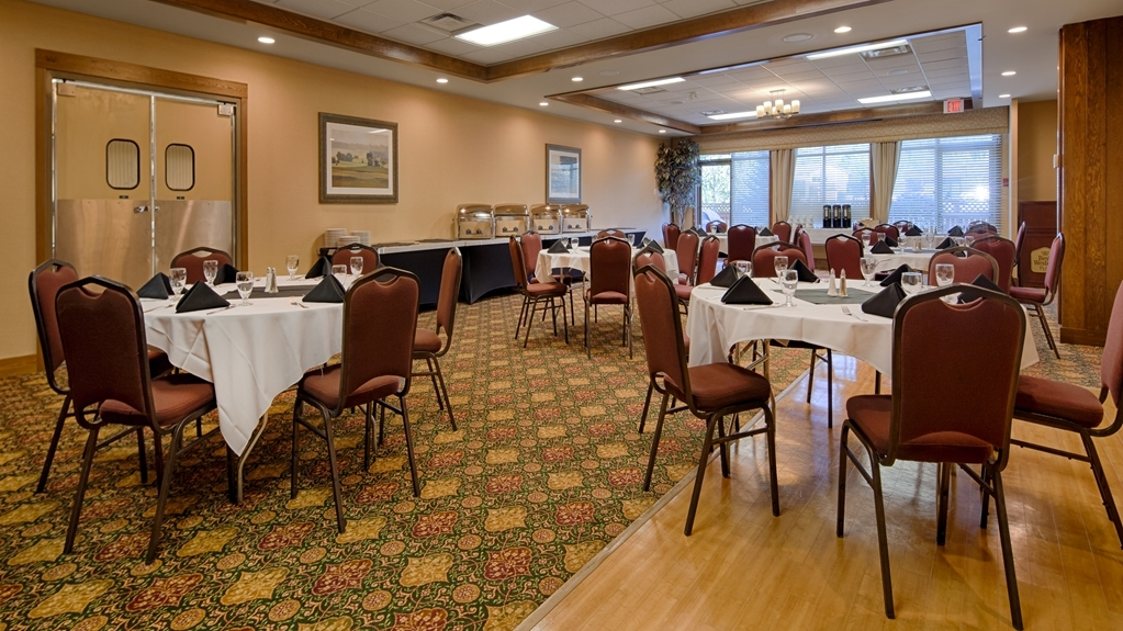 Best Western Plus Fernie Mountain Lodge - Restaurante/Comedor