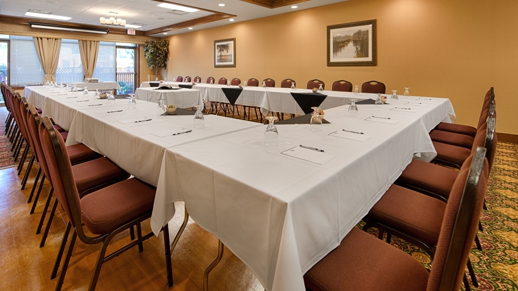 Best Western Plus Fernie Mountain Lodge - Sala de reuniones