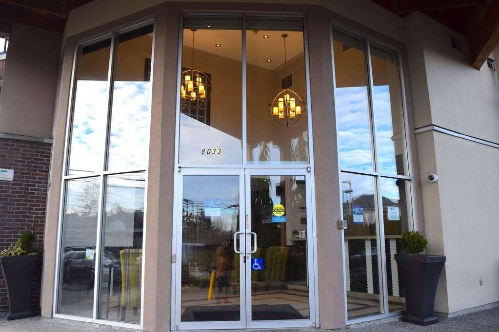 Best Western King George Inn & Suites - Facciata dell'albergo