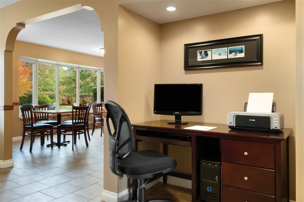 Best Western Sicamous Inn - Enjoy our complimentary high-speed internet and a printer in our business center.