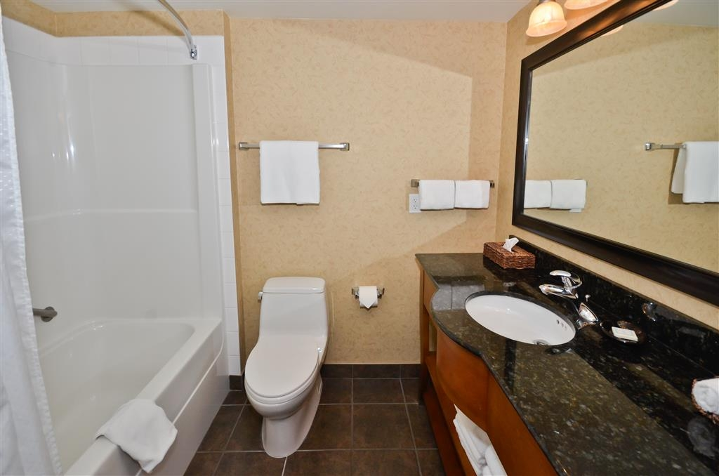 Best Western Sicamous Inn - Our standard guest bathroom is both spacious and beautiful with granite counters.