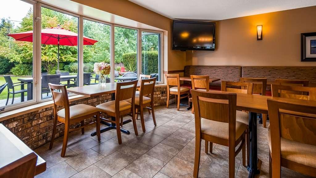Best Western Sicamous Inn - Breakfast Room