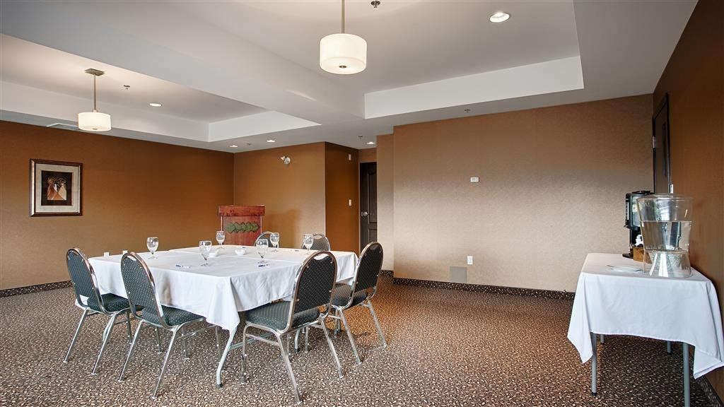 Best Western Cranbrook Hotel - Meeting room is great for team stays & small meetings!