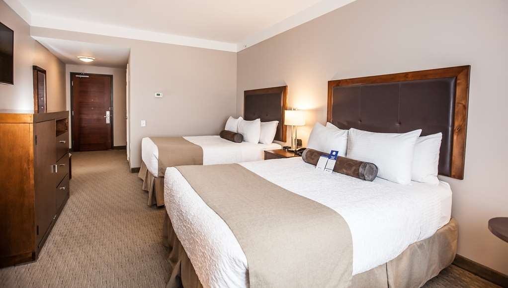 Best Western Plus Revelstoke - Accessible Queen / Queen Room