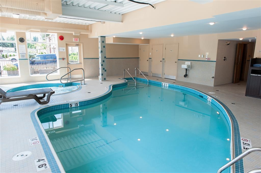Best Western Maple Ridge Hotel - Piscine