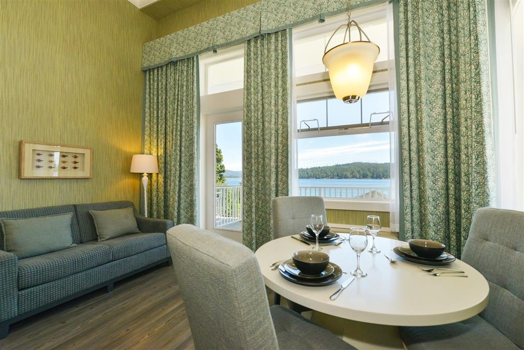 Prestige Oceanfront Resort, BW Premier Collection - Island Colonial Hospitality Suite
