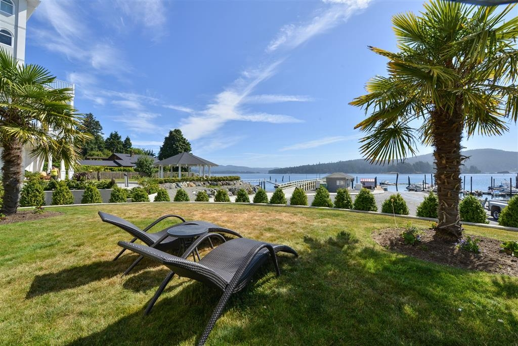 Prestige Oceanfront Resort, BW Premier Collection - Façade