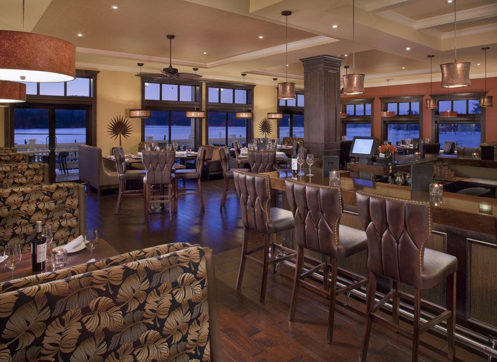 Prestige Oceanfront Resort, BW Premier Collection - Relax and enjoy the view while dining in The Mix by Ric's!