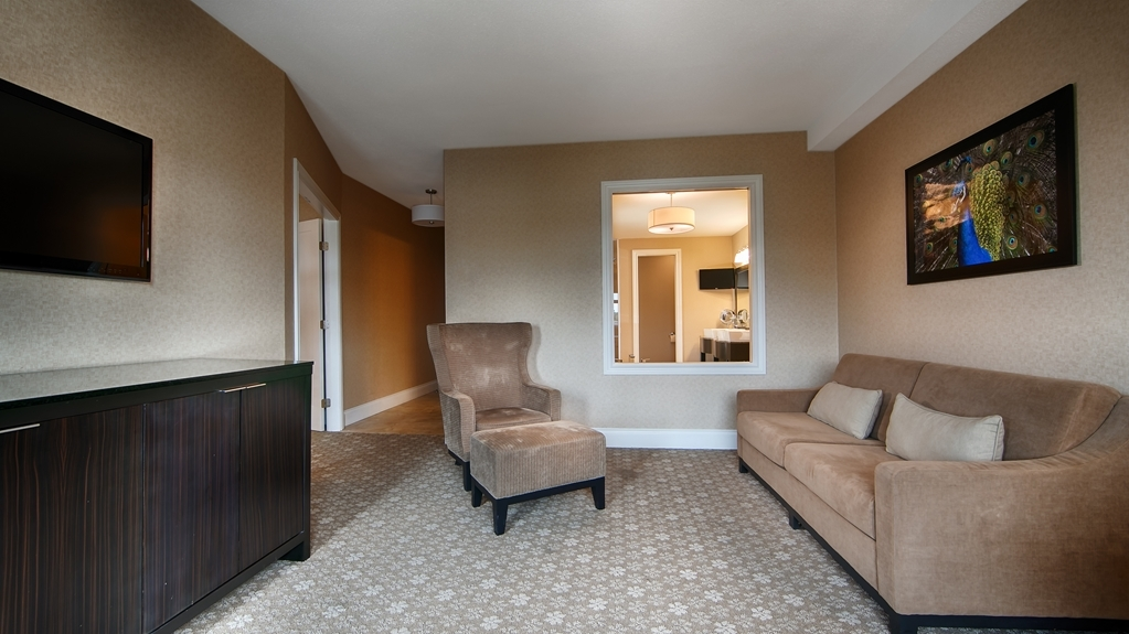 Prestige Oceanfront Resort, BW Premier Collection - Suite