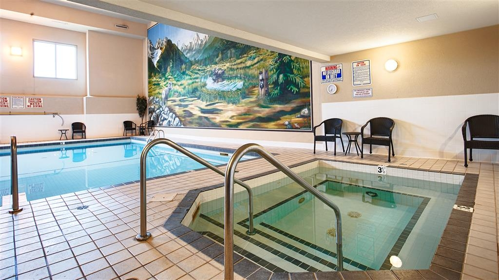 Best Western Plus Prestige Inn Radium Hot Springs - chaud baignoire
