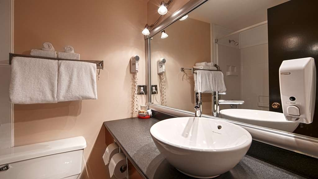 Best Western Gold Rush Inn - All guest bathrooms have a large vanity with plenty of room to unpack the necessities.