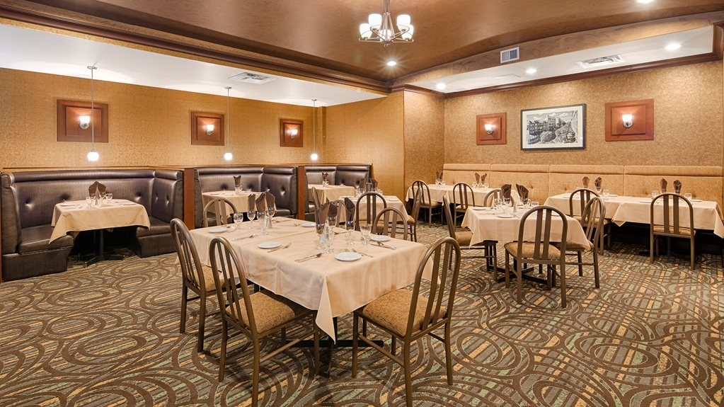 Best Western Plus Downtown Winnipeg - restaurant feature