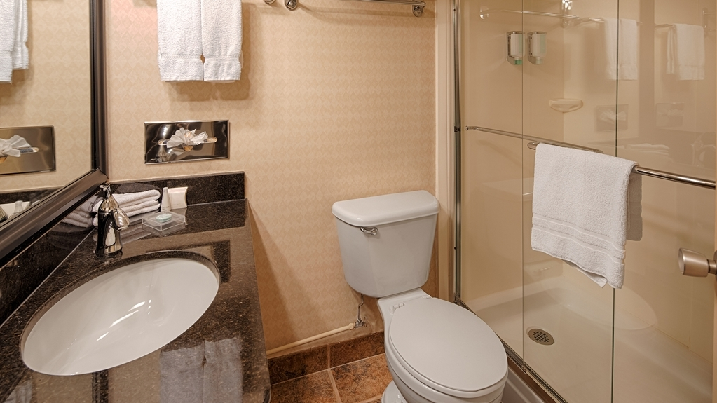 Best Western Plus Downtown Winnipeg - Salle de bain