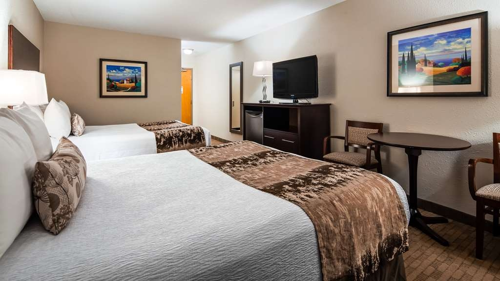 Best Western Plus Pembina Inn & Suites - Habitaciones/Alojamientos