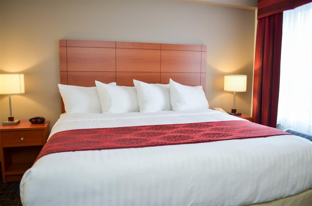 Best Western Thompson Hotel & Suites - Chambre