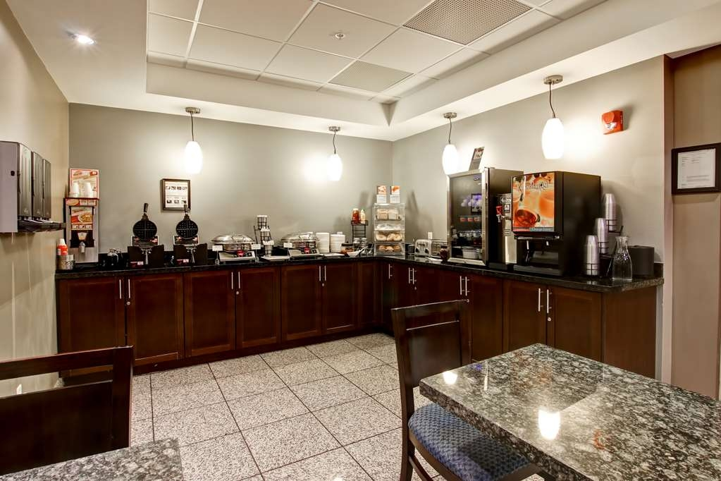 Best Western Plus Brandon Inn - Join us every morning for a variety of your favorite morning treats.
