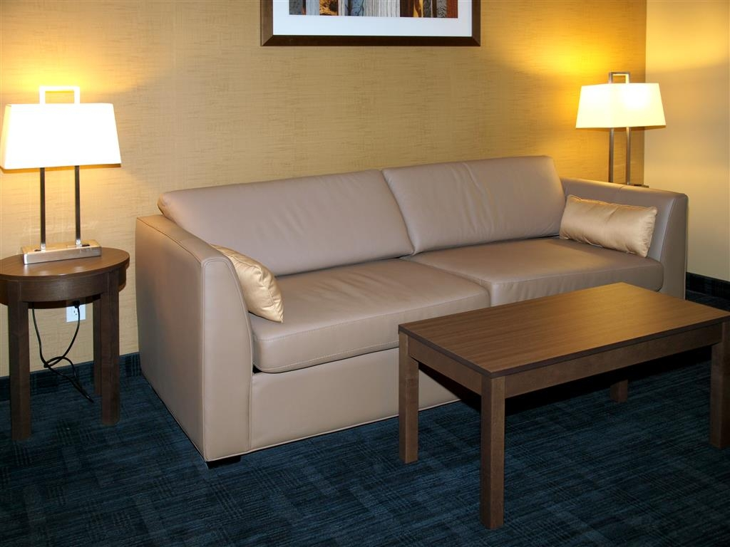 Best Western Plus Winnipeg West - Suite