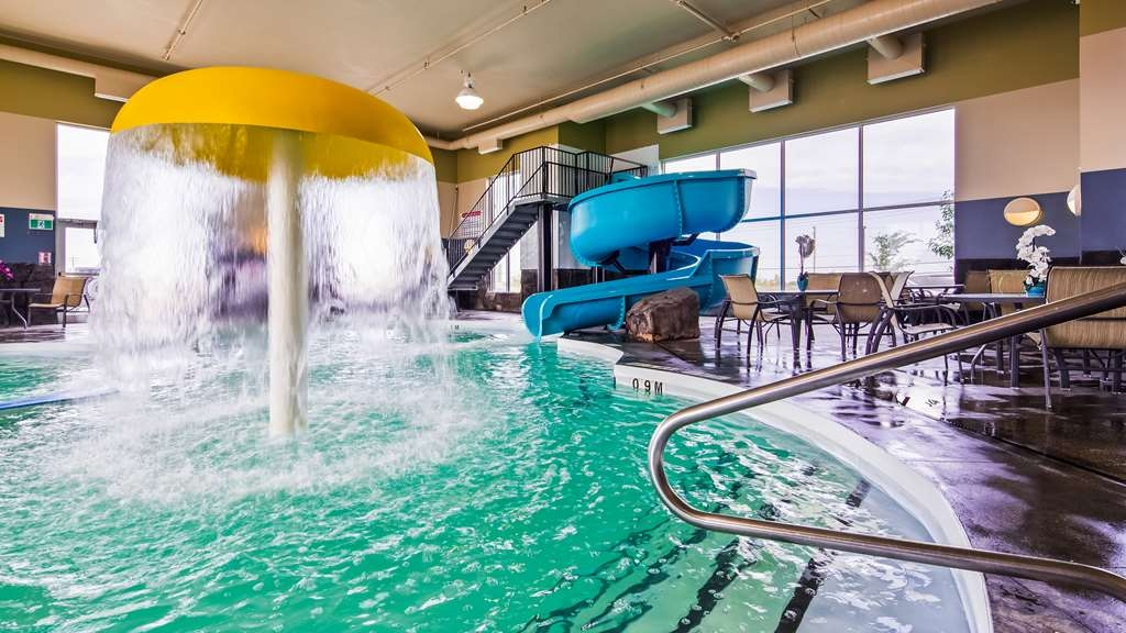 Best Western Plus Winnipeg West - Vista de la piscina