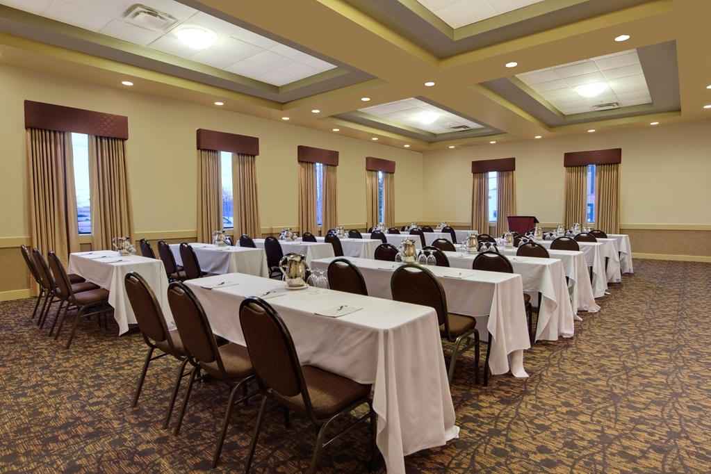 Best Western Plus Winnipeg Airport Hotel - Sale conferenze