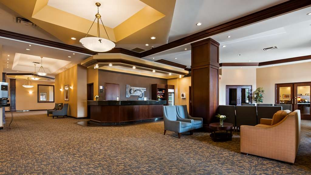 Best Western Plus Winnipeg Airport Hotel - Hall
