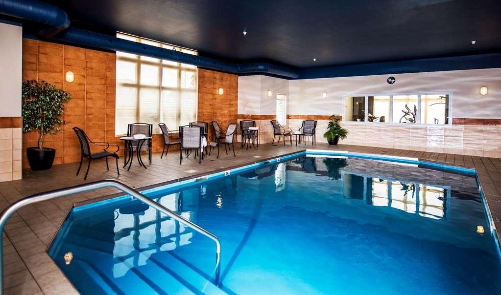 Best Western Plus Moncton - Vue de la piscine