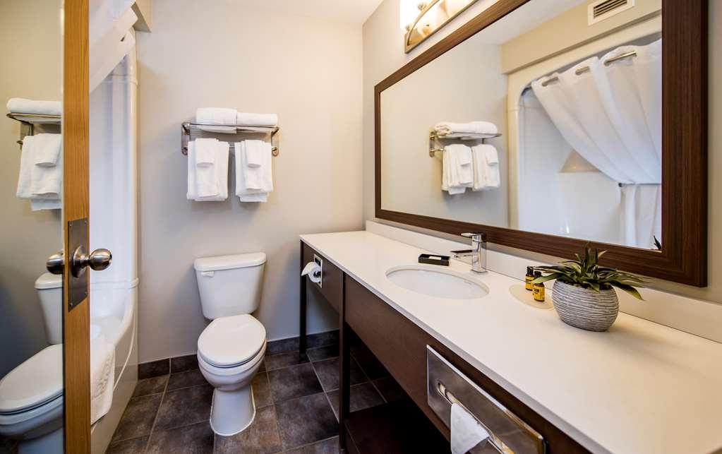 Best Western Plus Moncton - Salle de bain